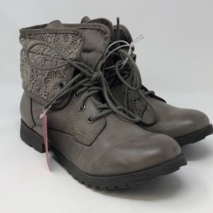 Women's Boots - size 7.5 - Z London